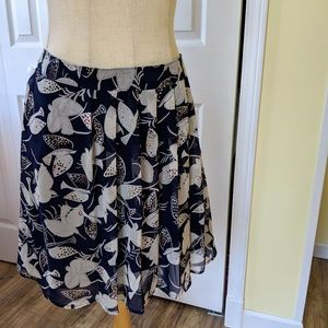 Pleated skirt, with birds!